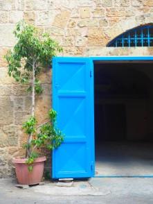 Open-door policy, Batroun